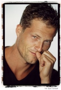 Til Schweiger - who says German men are not sexy?! :)