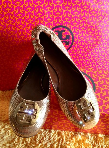 Golden Tory Burch shoes 2013
