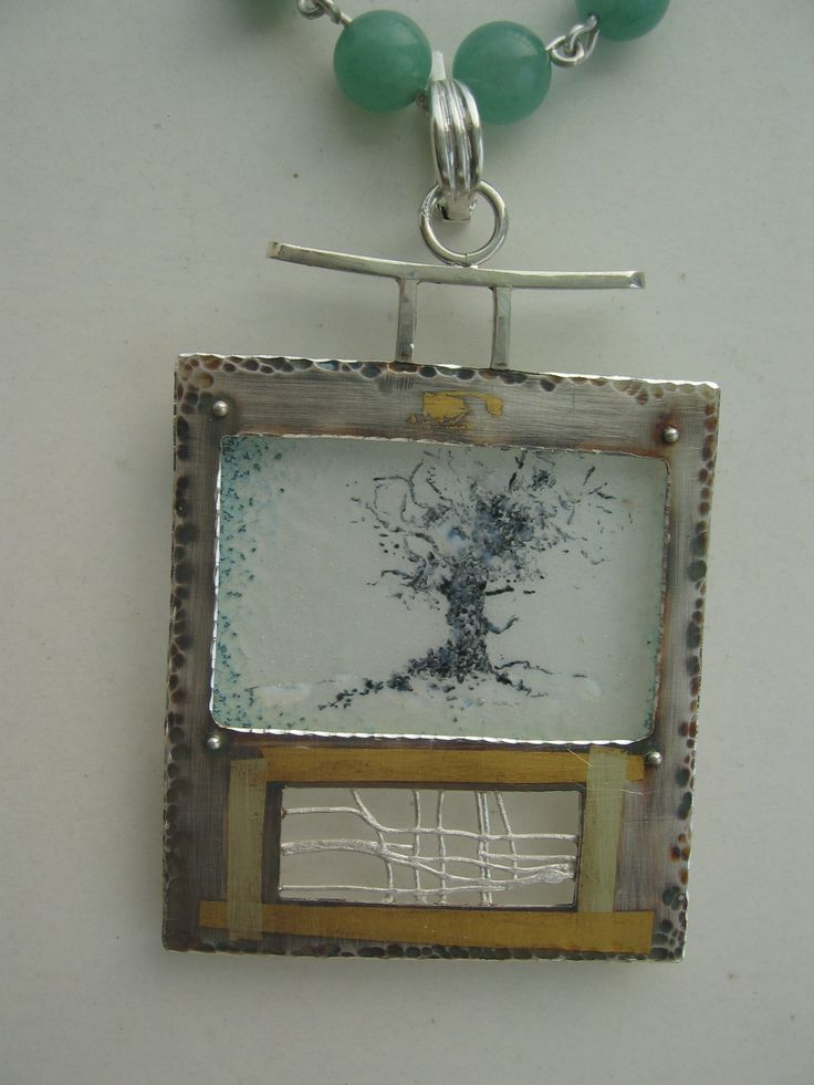 colgante: plata, oro, esmalte 840ºC autor: Alfredo Escalada