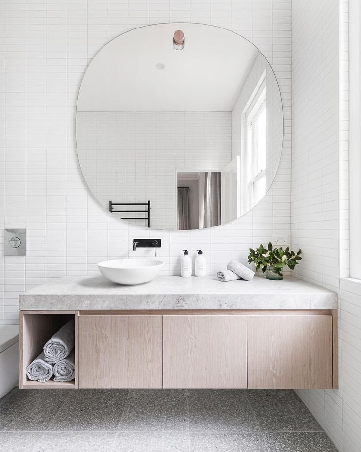 """905 Likes, 16 Comments - Adore Home Magazine (@adoremagazine) on Instagram: """"Bathroom goals courtesy of @buildherhercollective, as featured in the new Summer edition. I need…"""""""