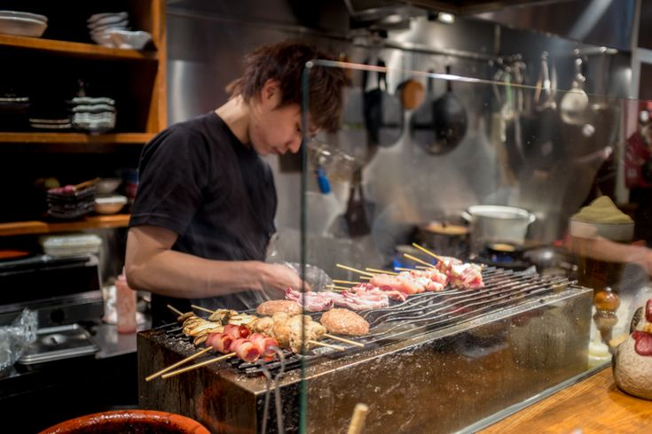 Osaka was the first stop on my trip to Japan and I was keen towaste no time in discoveringwhat the city had to offer food wise. Japanese has always been one of my favourite types of food and it didn't take long before I realised that what I knew about