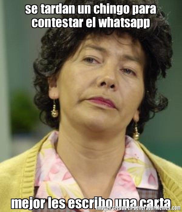 se tardan un chingo para contestar el whatsapp mejor les escribo ...
