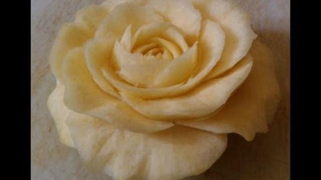 Sebze Oyması - Patatesten Hoş Gül Çiçeği Yapımı - Sebze oyma dersleri - teknikleri, örnekleri ve ipuçlarını videolu anlatımı. Patatesten hoş gül çiçeği yapımı