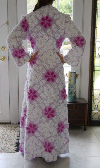 vintage chenille robes for sale | http://www.chenille-bedspread.com/vintage_look_robes