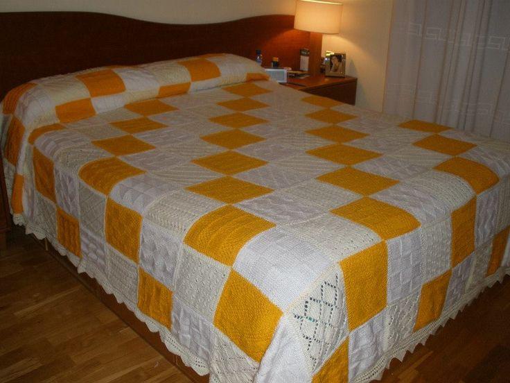 Colcha para cama grande, ésta fue para nosotros.