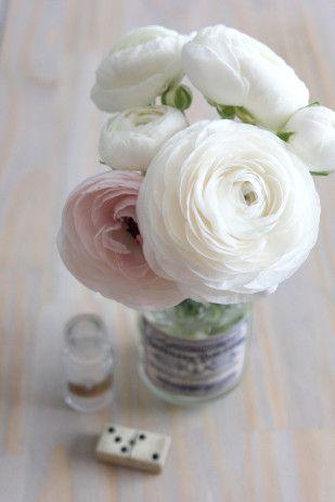 17 best ideas about pink rose bouquet on pinterest pale pink bouquet simple bridesmaid. Black Bedroom Furniture Sets. Home Design Ideas