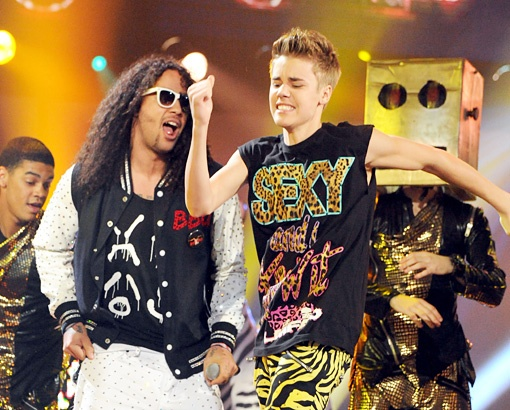 Sky Blu and Justin Bieber Onstage at the 2011 American Music Awards, 2011http://www.snakkle.com/galleries/before-they-were-famous-stars-hot-gallery-lmfao-looking-at-the-dance-party-gurus-rise-to-party-music-dominance-photos-then-and-now/skyblu-dj-redfoo-lmfao-stefan-gordy-skyler-gordy-justin-bieber-american-music-awards-2011-photo-gc/