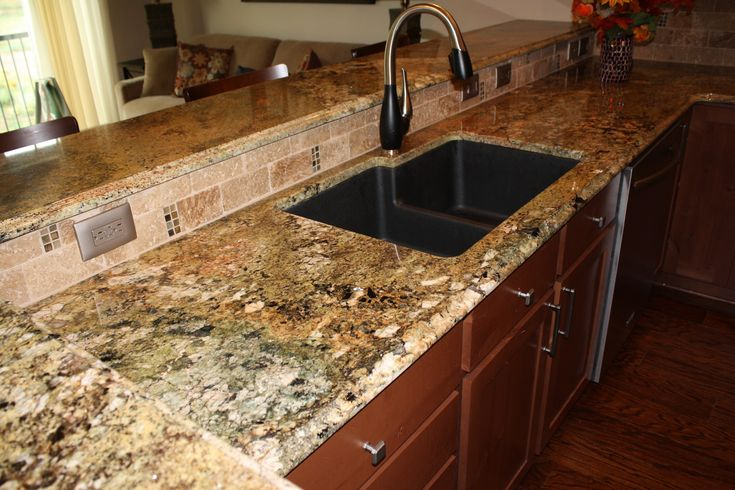 Undermount Kitchen Sink With Tile Countertop