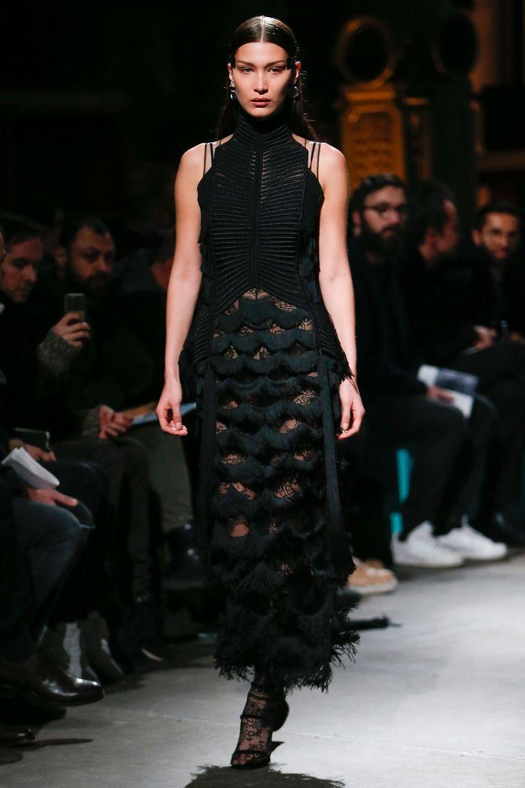 Givenchy Fall 2017 Menswear Fashion Show