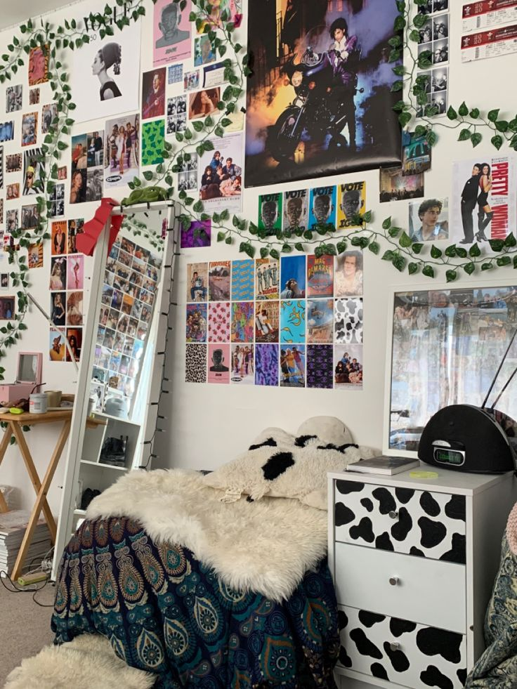 Room In 2020 Room Ideas Bedroom Retro Room Indie