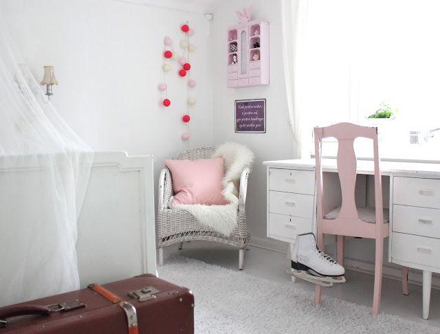 Fru Andersen : Barnerom inspiration girl bedrooms Pinterest ...