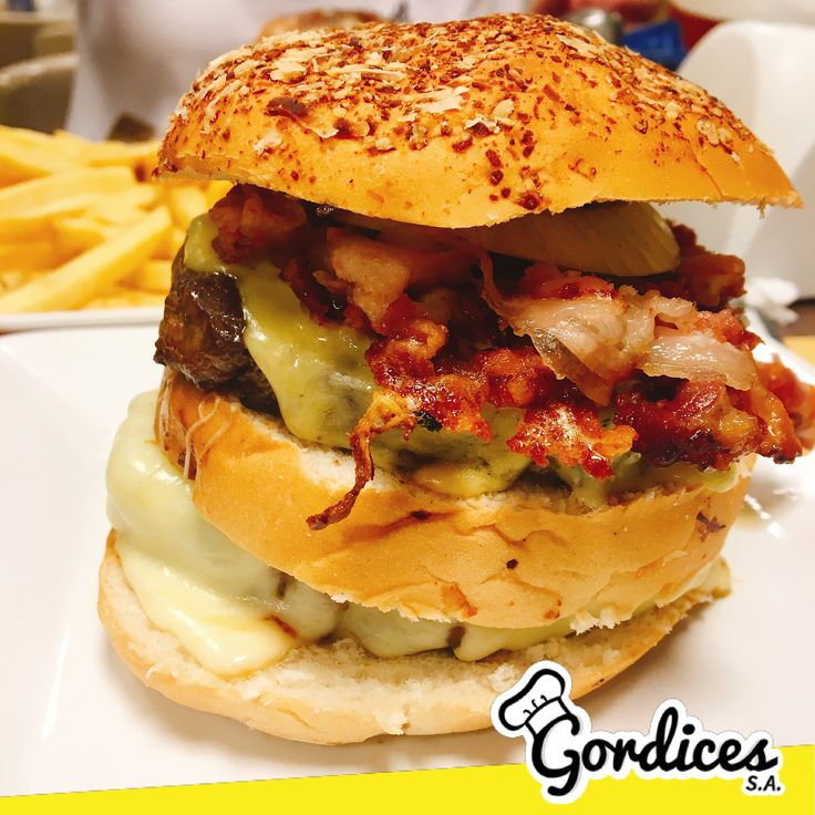 Vai um Hambúguer Double Bacon? 😱💛 - www.gordicessa.com