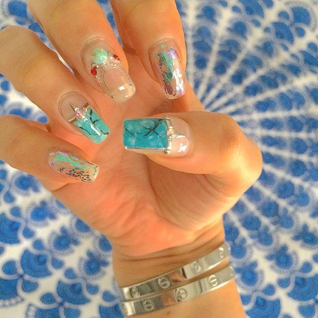 hifumikumagai気分はシルバー. #happysunday #offday #nailart #gelnail #blue #silver #turquoise #bohemian #ネイル #ボヘミアンネイル #ターコイズネイル #ホイルネイル #シルバーアクセサリー