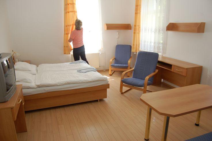 Horské Lázně Karlova Studánka - Lázeňský hotel vila Vlasta www.horskelazne.cz Hotel garni 3*