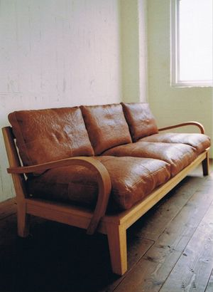 TRUCKの3Pソファ。 持家が決まったら必ず購入。
