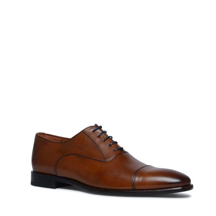 Superior cognac veterschoenen  Description: De Superior modellen worden met de hand op kleur gebracht hierdoor heeft ieder paar schoenen een unieke uitstraling!  Price: 209.99  Meer informatie  #manfield