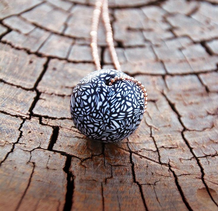 Image of Lace Ball Necklace / Rose Gold