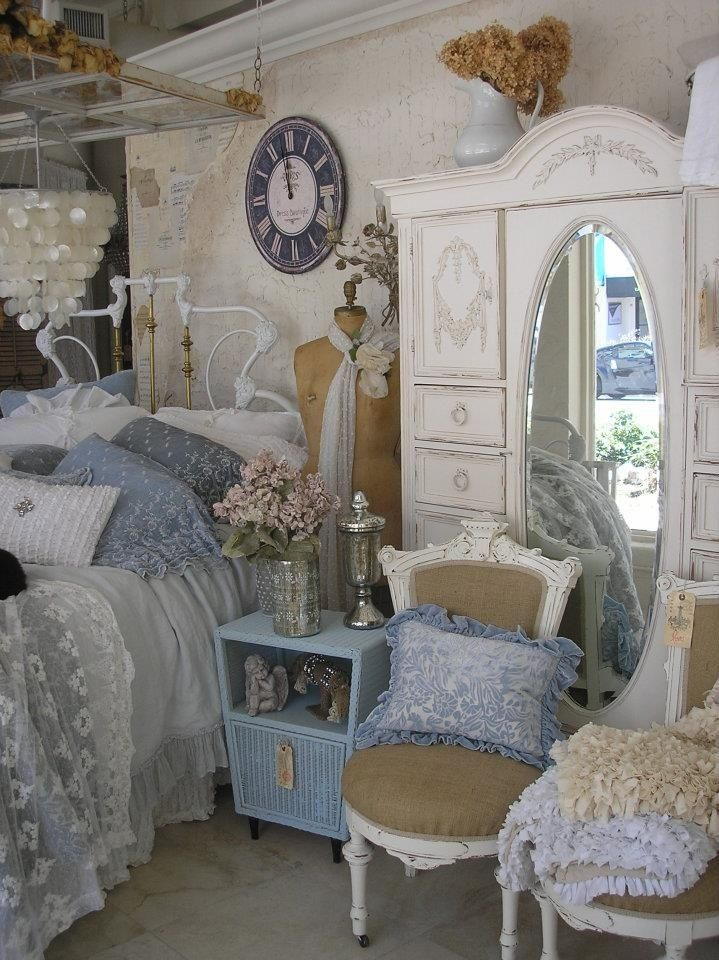Shabby Chic blue bedroom! How pretty is this???