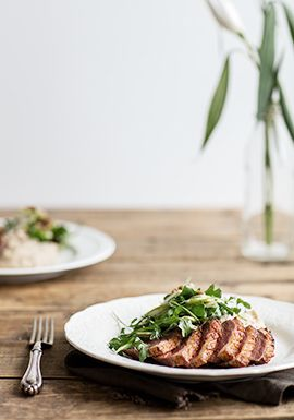 La recette peut faire peur aux gens moins à l'aise en cuisine, mais en suivant bien les étapes, c'est impossible de se planter. Initialement, la purée était de panais mais sachez que vous pourriez faire la même recette avec le légume de votre choix.