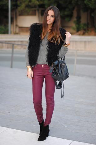 Pantalon vino y gris