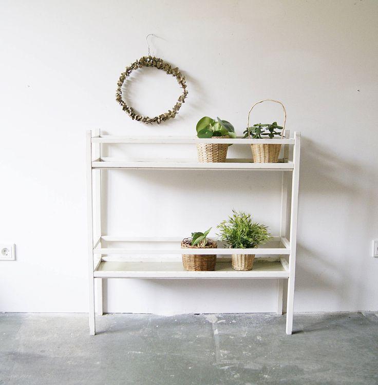 die besten 25 leiterregal ideen auf pinterest leiter f r regal leiterregale und regal bauen. Black Bedroom Furniture Sets. Home Design Ideas