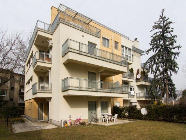 house exterior, amazing design, modern design