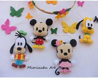 Mickey Mouse, Minnie Mouse, Goofy and Pluto mobile. Móvil inspirado en Mickey, Minnie, Goofy y Pluto