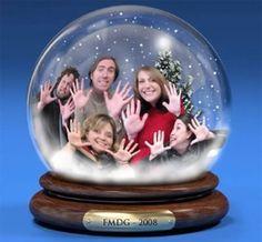 15 Hilarious Christmas Card Photos (funny christmas cards, funny christmas photos) - ODDEE