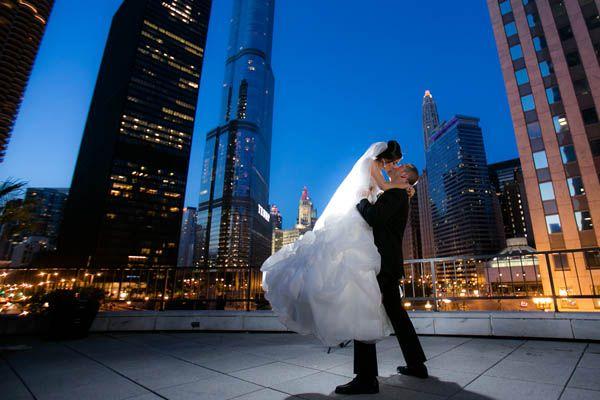 Rooftop wedding photos in Chicago