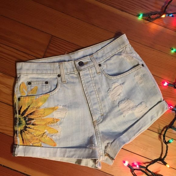 LF Carmar Sunflower Shorts Bought at LF stores in early 2014, the brand is CARMAR denim. Highly sought after classic sunflower shorts are sold out and discontinued. Distressed denim with painted sunflower detail. Grungy yet chic. These need an owner who can fit into them, they're truly amazing shorts. UPDATE: Still brand new with tags but as a result of being hung up in my closet for months, the hole on the tag has grown and slips on and off the plastic tag holder which is still attached to…