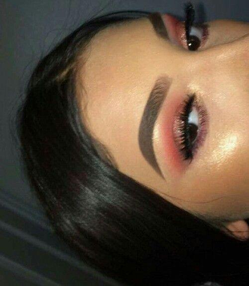 // Pinterest naomiokayyy 🍑 Makeup, Beauty, faces, lips, eyes, eyeshadow, hair, colour