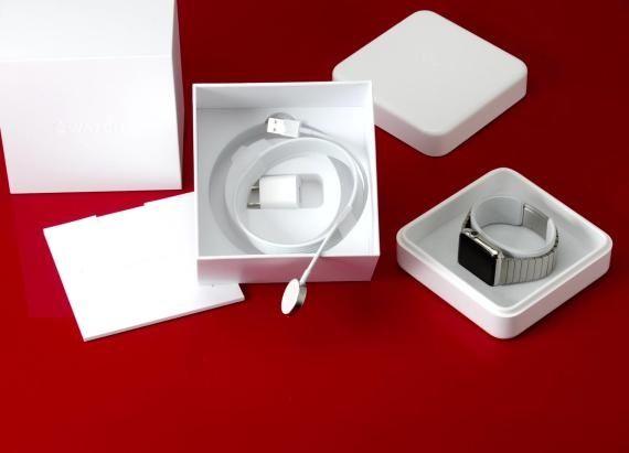 Watch the Apple Watch unbox itself