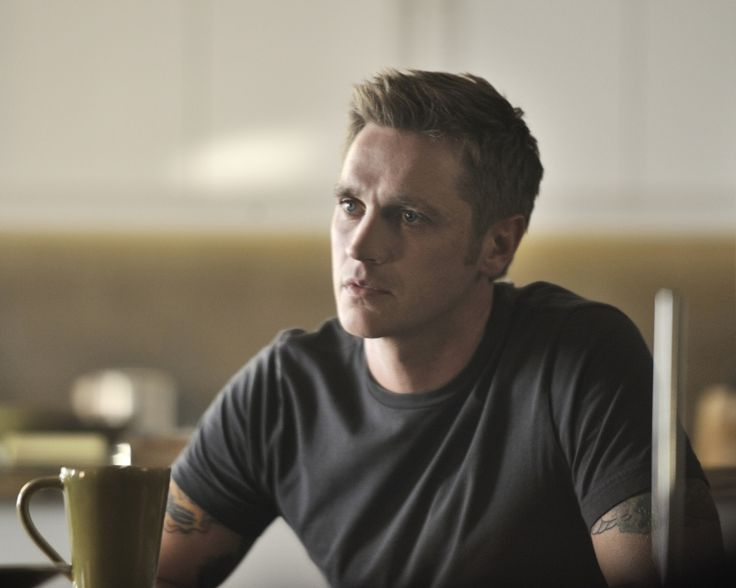 'Nikita' Season 3 ups the Owen: Devon Sawa promoted to series regular @The CW