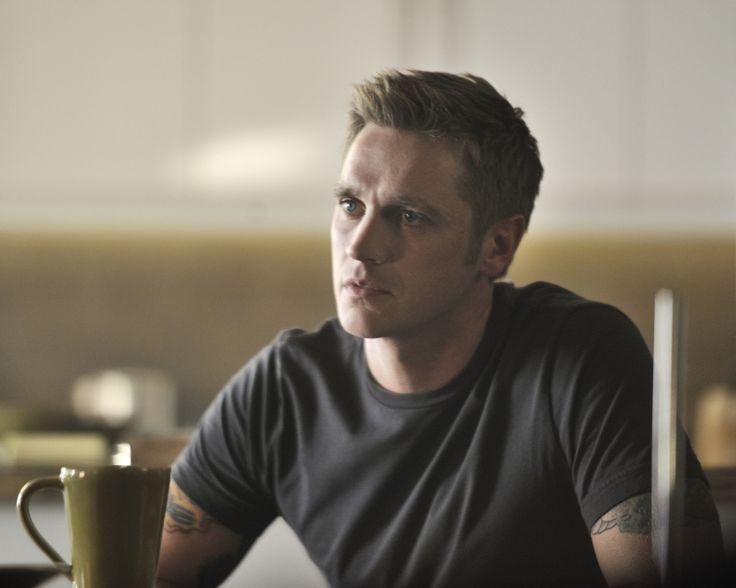 'Nikita' Season 3 ups the Owen: Devon Sawa promoted to series regular @The CW