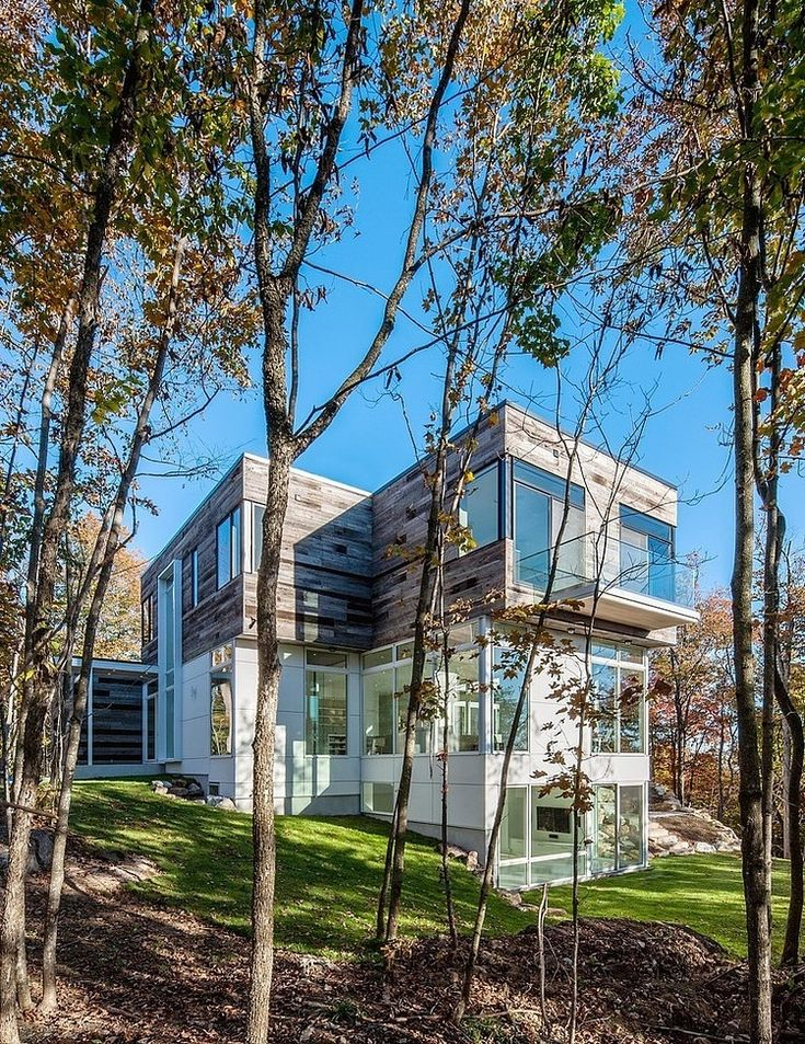 Gatineau Hills Residence by Christopher Simmonds