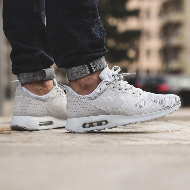 Nike Air Max Tavas Pure PlatinumNeutral Grey