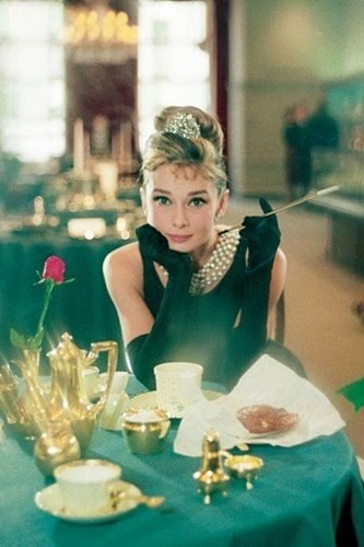 Breakfasting at Tiffany--Audrey Hepburn forever classy
