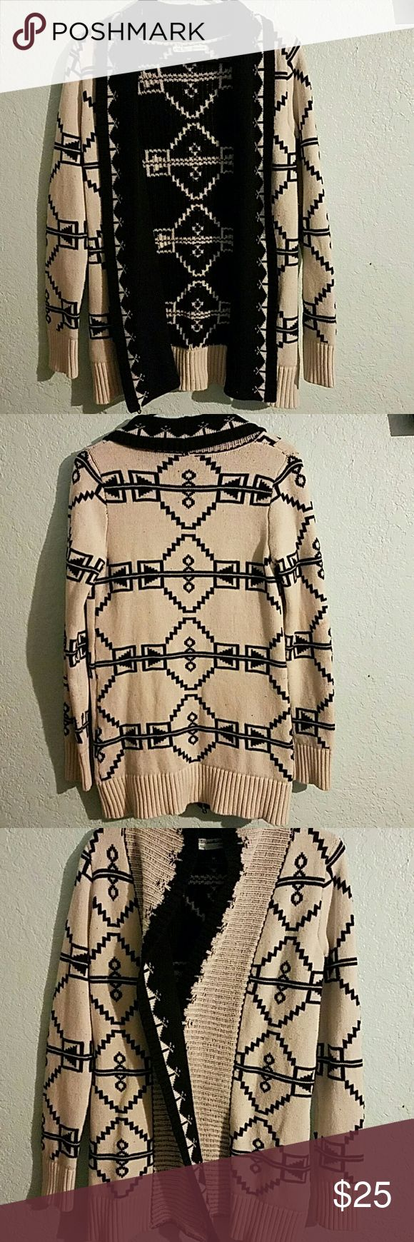 Aztec print cardigan Warm thick black and white Aztec print sweater / cardigan. Super soft Maurices Sweaters Cardigans