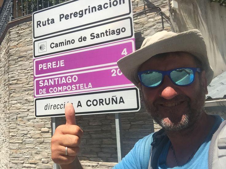 200 km till #SntiagodeCompostela #pilgrim #walk #road