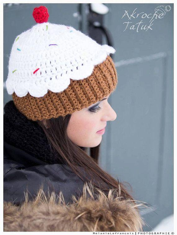 Tuque cupcake ado / femme par AkrocheTatuk sur Etsy, $44.00