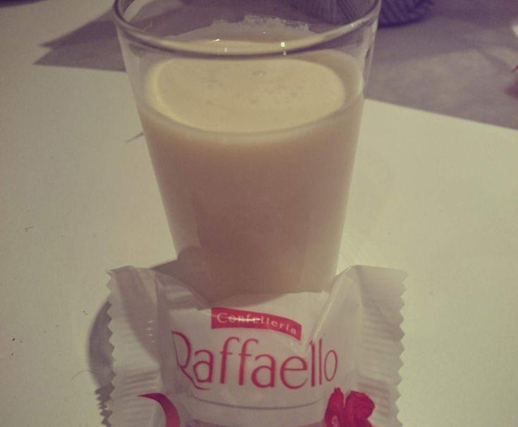 Rezept Raffaello Likör von bvbler1111 - Rezept der Kategorie Getränke