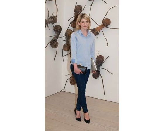 Style Inspiration - Dressing from day to night.. Jodi Whittaker at the Saatchi gallery
