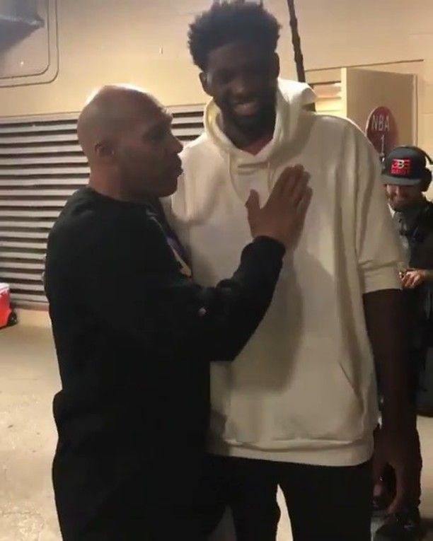 Joel and Lavar share a few words after the lakers game tonight. - - #bigballerbrand #lakeshow #lakers #philly #joelembiid #bigman #bigballer #sixers #trustheprocess #processing #melo #zo #gelo #bbb #sixersnation #hoopmadness