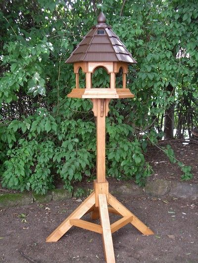 Large Gazebo // SOLAR BIRD TABLE
