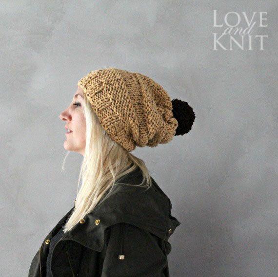 Slouchy Beanie con pompón  sombrero Slouchy Pom Pom por LoveandKnit