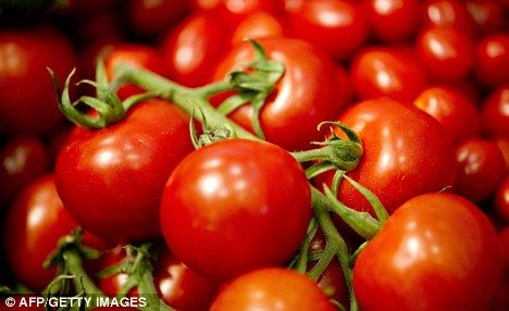 Tomatoes 'help keep skin young' and protect against sunburn
