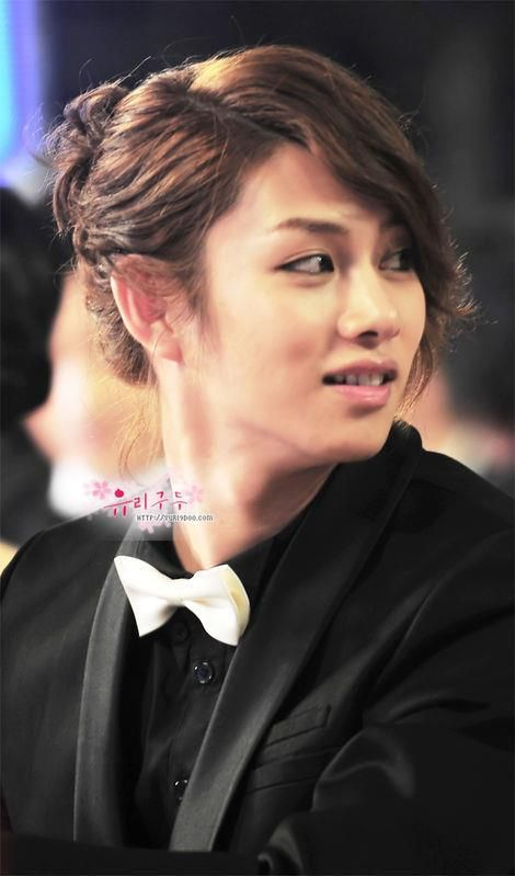 Put a dress on him and he's the prettiest girl ever. Kim Heechul