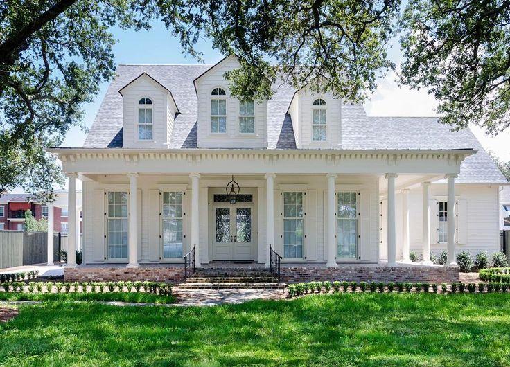 1000 Ideas About White Exterior Houses On Pinterest House Color Combinations House Colour