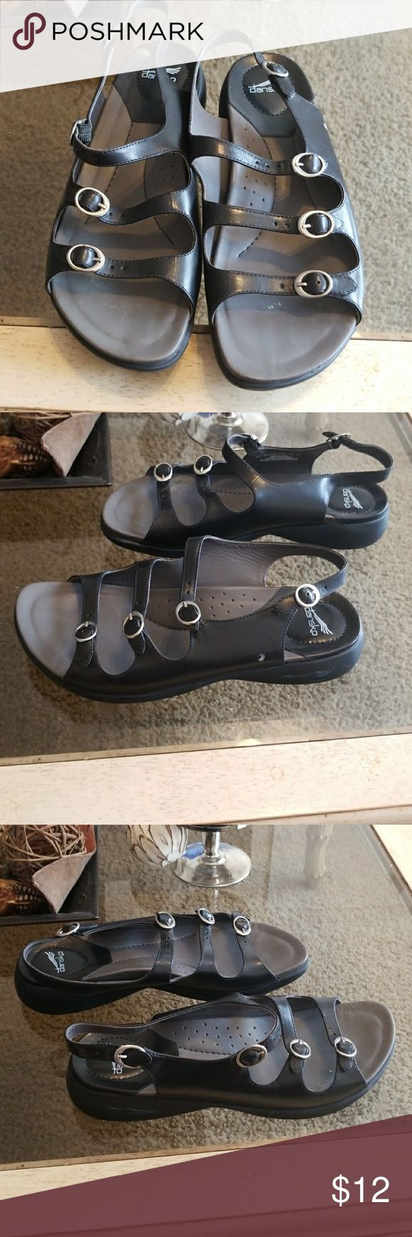 dansko Sandals dansko Sandals 👡  Black Size 10. Shoes are gently used and are in great condition!!!!  Estate Sale!!!!! Dansko Shoes Sandals