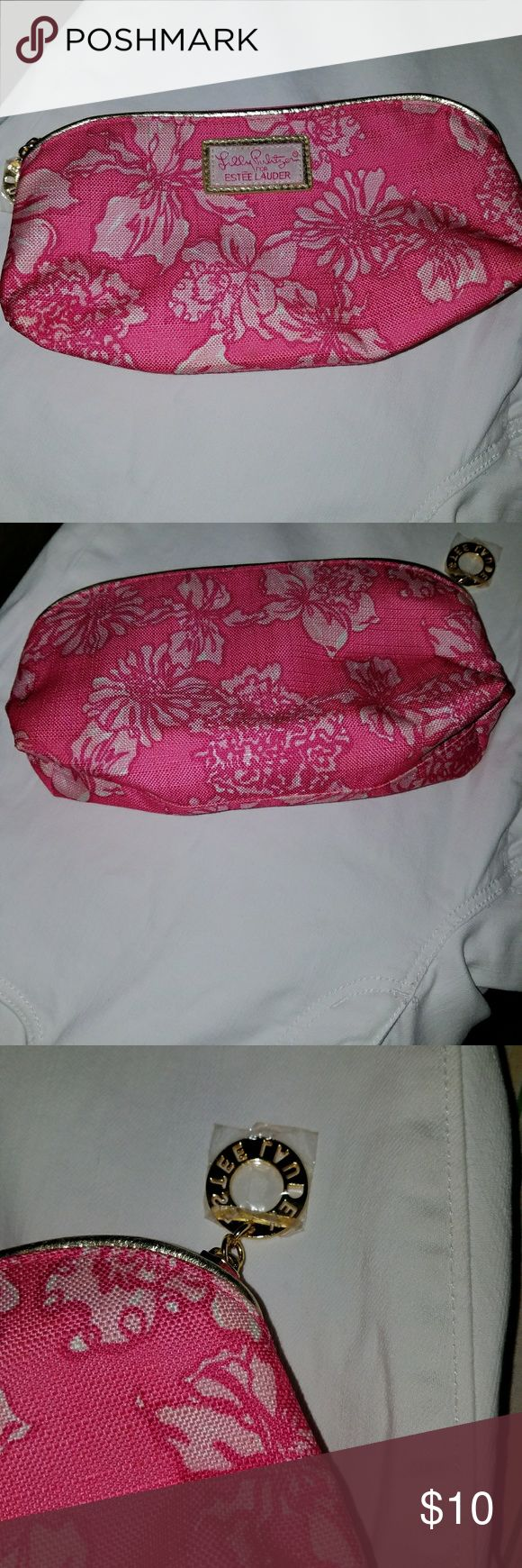 Brand New Lilly Pulitzer make up bag Brand New Lilly Pulitzer make up bag, Estau Lauder Lilly Pulitzer Bags Cosmetic Bags & Cases
